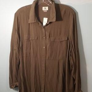 1X Green long sleeve button down shirt